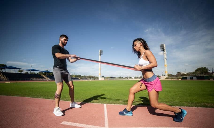 צום לסירוגין: טרנד הוליוודי או שיטה יעילה לירידה במשקל?