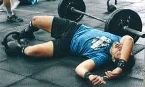 הקשר הישיר בין חוסר שינה ותוצאות באימונים
