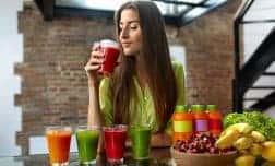 דיאטת צום מיצים – מה חייב לדעת לפני שמתחילים