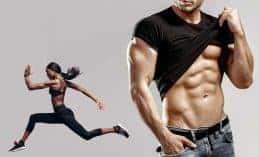 גבר ומראה קוביות בבטן ואישה לידו רצה