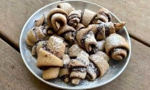 רוזלעך כוסמין ושוקולד מריר – הקינוח המושלם לחיטוב